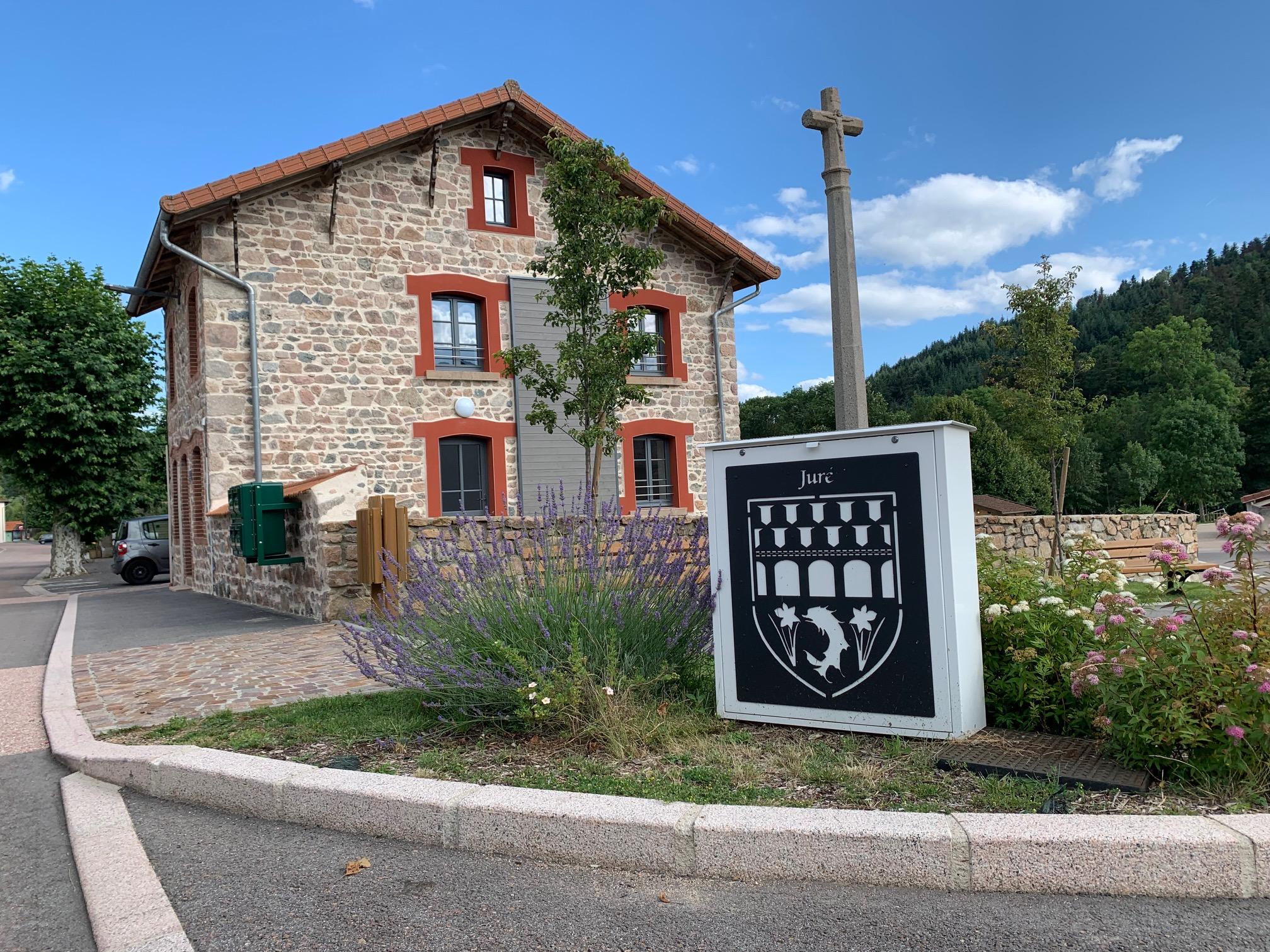 Mairie de Juré